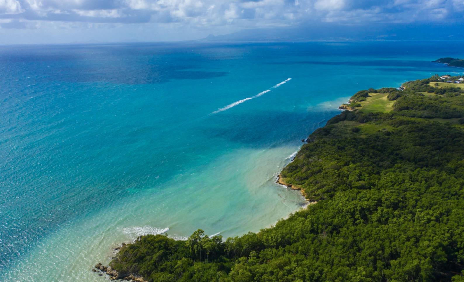 Plages tranquilles en Guadeloupe